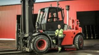 V-Stapler 1401 von Linde Material Handling im Einsatz bei Norrlands trä