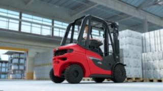 Dieselstapler H20 - H35 von Linde transportiert volle Paletten